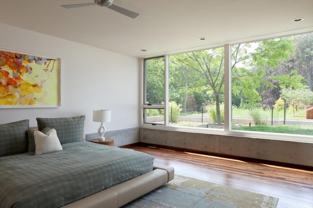 Diseño-de-dormitorio-con-ventana-grande