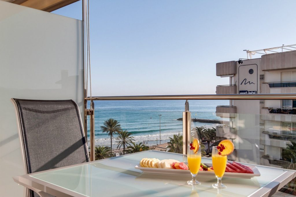 habitaciones-triple-mar-triple-vista-al-mar
