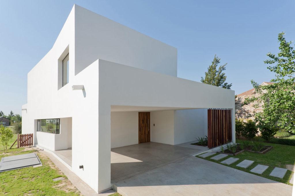 fachada casa blanca