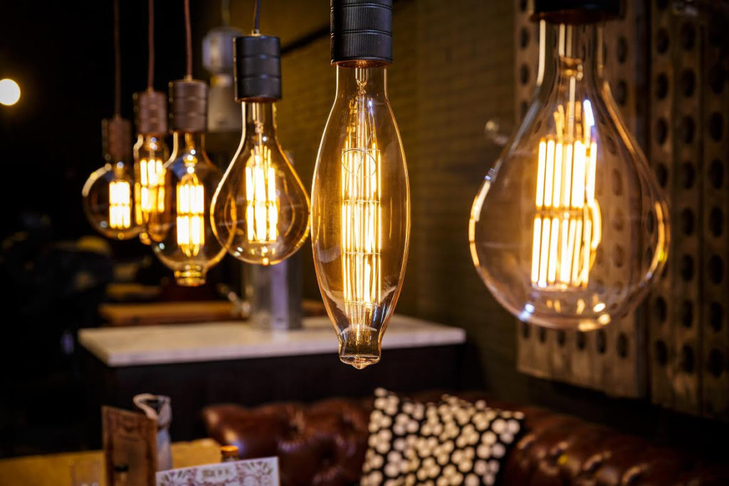 THE_BIG_BOY_COLLECTION_LED_Filament_lamp_Decoraitve_lighting_Vintage_light_bulbs_E40_LED_lamps