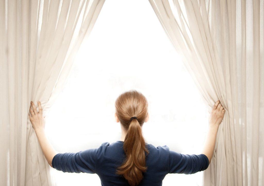 abrir-cortinas