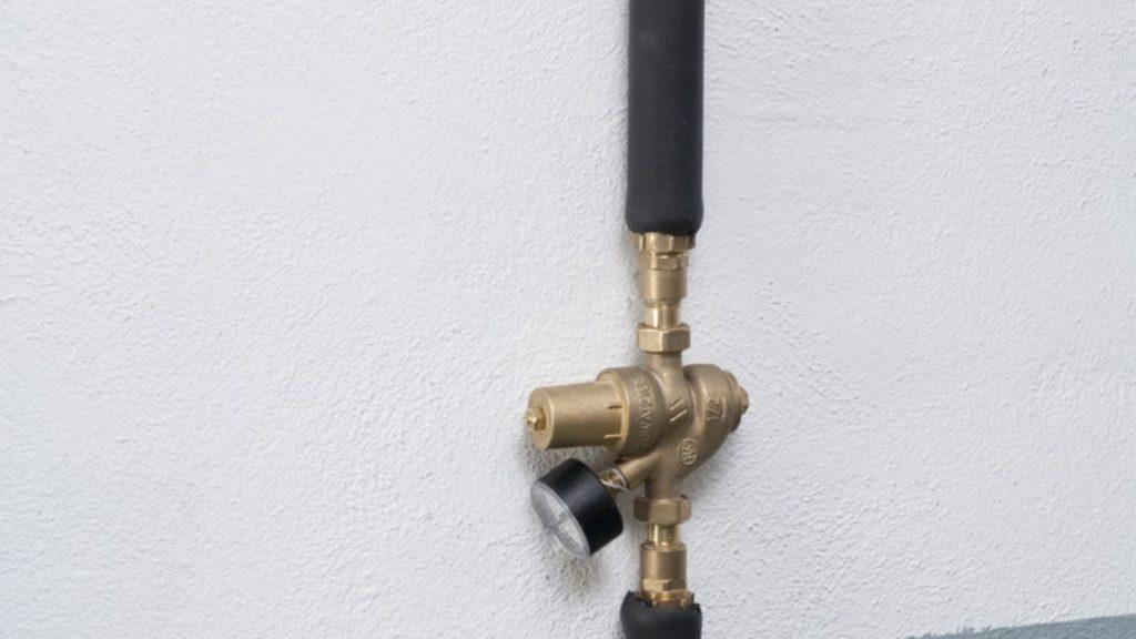 Revisión de presión de agua